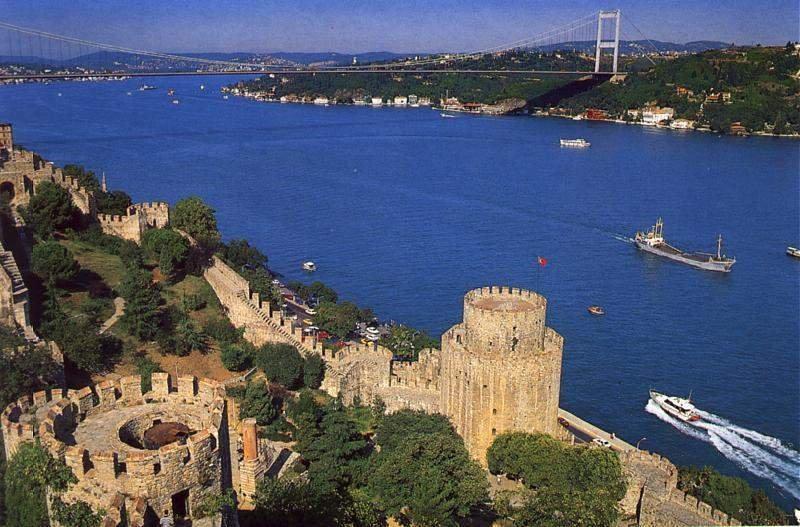 Bosphorus_boat_cruise